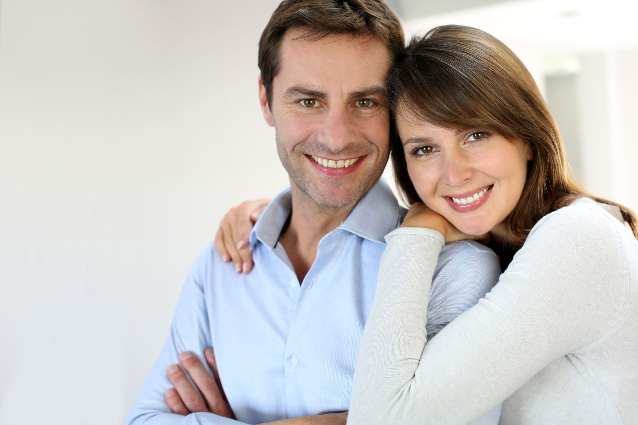 Нет совместных фото с мужем и детьми